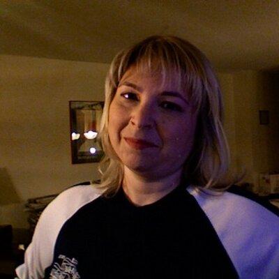 Sandra Aaron | Social Profile