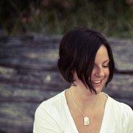 lesley | Social Profile