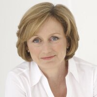 Dr Rosemary Leonard | Social Profile