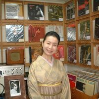 ジャズ屋女将 青木見音子   Social Profile