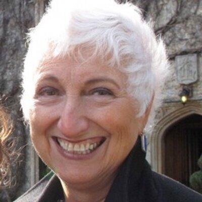 Geraldine Bown | Social Profile