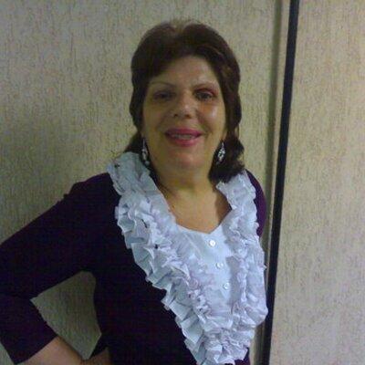 fatima fadine | Social Profile
