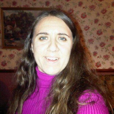 Leesa Wallace | Social Profile