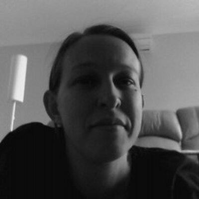 Lee-anne Garevski | Social Profile