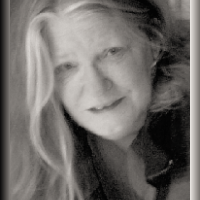 Ruth Cox | Social Profile