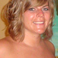 Kristina Hellwig   Social Profile