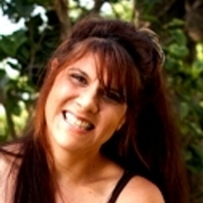 Amy Lesser | Social Profile