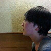 石角友香 | Social Profile