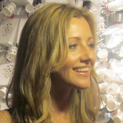 Liz Lomax   Social Profile