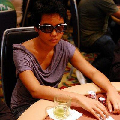Thuy Doan   Social Profile