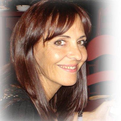 Beatriz Hernandez | Social Profile