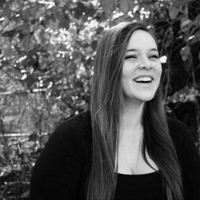 Siobhan Dearr   Social Profile