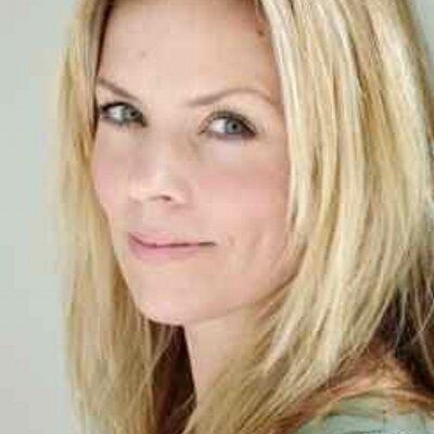 Caroline Barnes | Social Profile