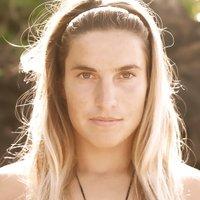 Claire Bevilacqua | Social Profile