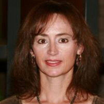 Helen Hanson | Social Profile