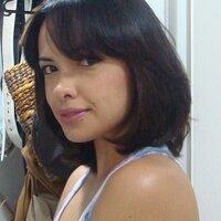 Lays Oliveira | Social Profile