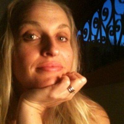 Sarah Gilmour-Mayne | Social Profile