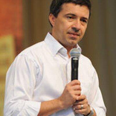 Padre Silvio Cesar | Social Profile