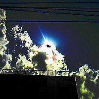 crazy cloud / 鈴木義章   Social Profile