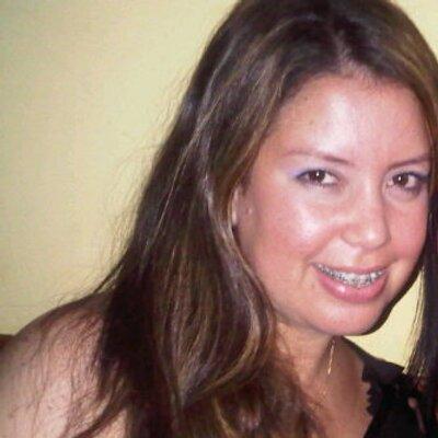Carla  Castillo | Social Profile
