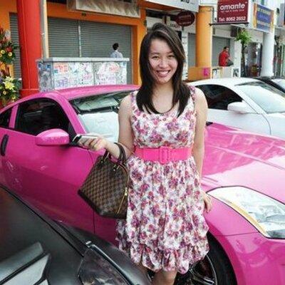 Christine Hia | Social Profile