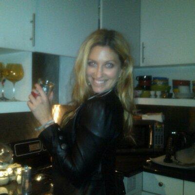 Amanda Columbus | Social Profile