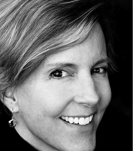 Michele Halle Social Profile
