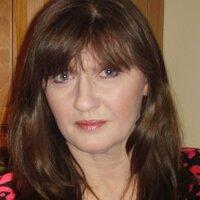 Lesley Miller | Social Profile