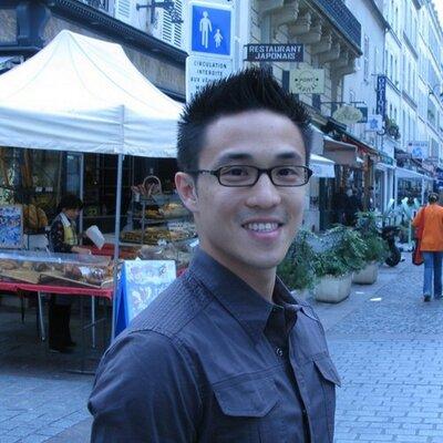 Ek Wongleecharoen | Social Profile