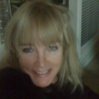 Charlotte   Social Profile