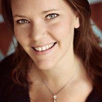 Mindy Hyatt Spradlin   Social Profile