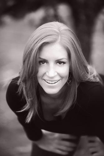 Lindsey Jean Social Profile