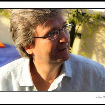 Javier de la Oliva | Social Profile