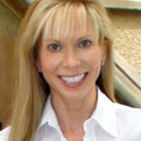 Linda Francis Lee | Social Profile