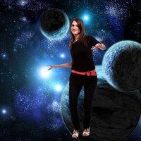 Mel Lyon | Social Profile