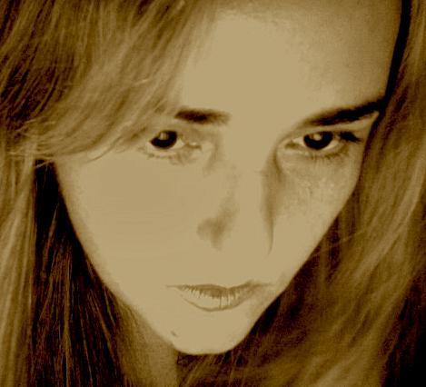 Daniela Didier Social Profile