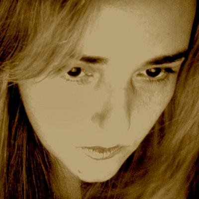 Daniela Didier | Social Profile