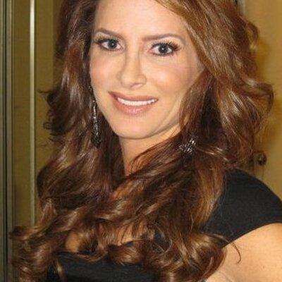 Nicole Marie | Social Profile