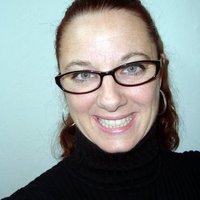 Cinthia Shields | Social Profile