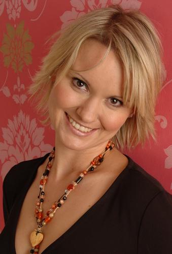 Laura Baker Social Profile