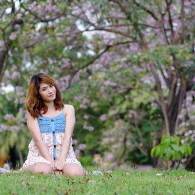 Ploy Nutchaya | Social Profile