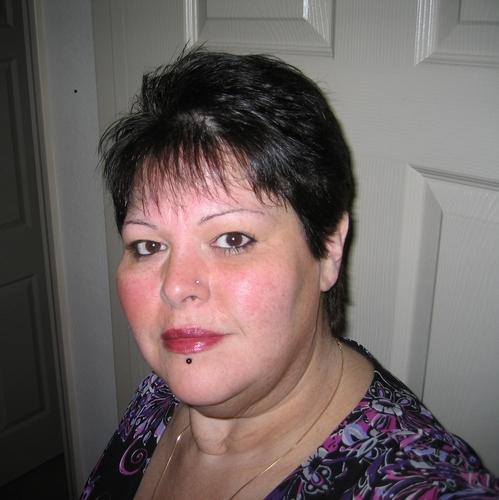 Marcy van der Linden Social Profile