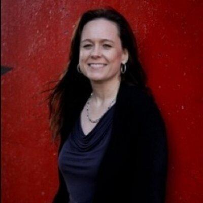 Paula Martinez   Social Profile