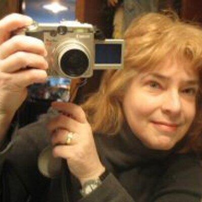 Susan Farlow | Social Profile