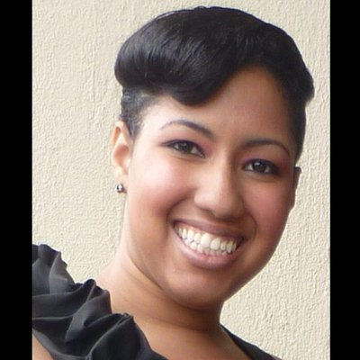 Evelyn Castillo | Social Profile