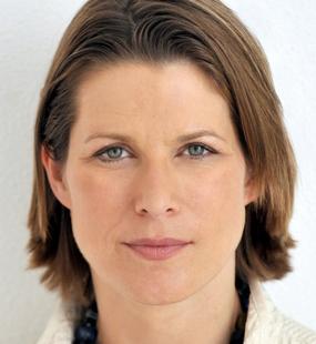 Stephanie Flanders Social Profile