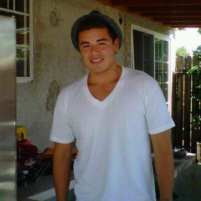 Jonathan Moreno | Social Profile