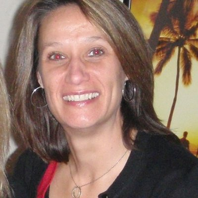 laura robinson   Social Profile