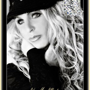 Amy McAllister | Social Profile