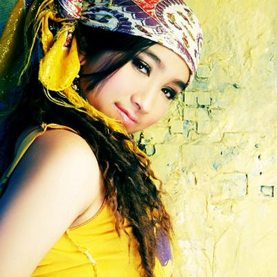 Angela Juang | Social Profile
